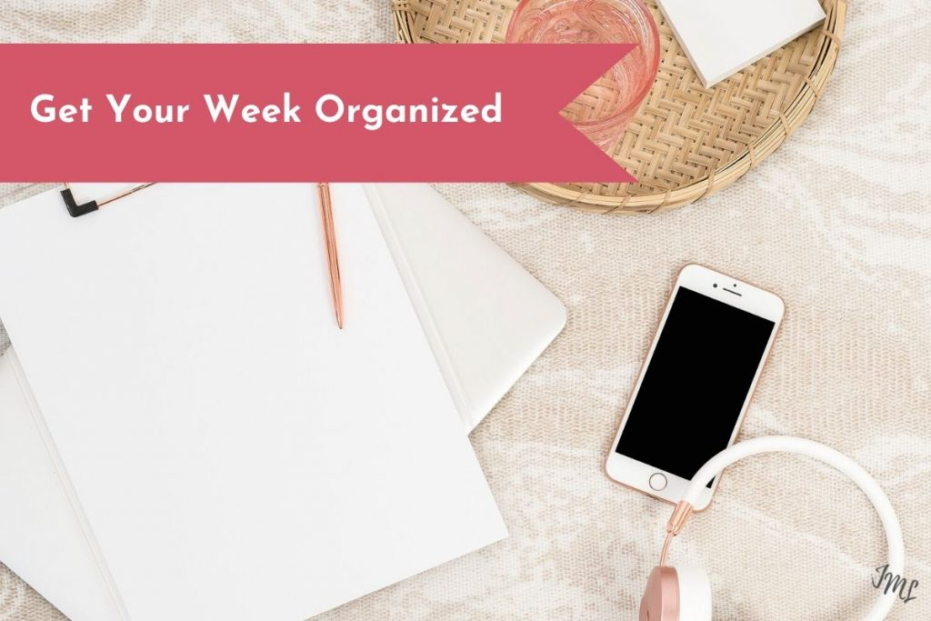 Get your week organized with these amazing productivity and planning tips.